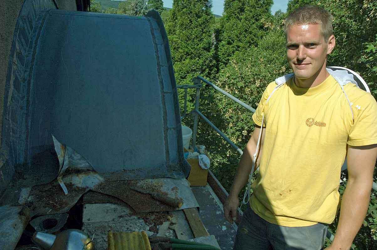 Bienenvolkbergung mit Dachdecker Jens in Bad Godesberg
