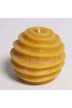 Kugelkerze mit Wellen, eine Bienenwachskerze aus 100 % reinem Bienenwachs aus der Bioland Imkerei Josef Dühnen, erhältlich im Honighäuschen